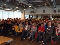 Een overvolle zaal voor Bart De Wever